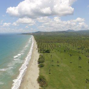 Herrliches Strandgrundstück in der Karibik
