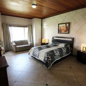 Grosszügige und helle Luxuswohnung in exklusiver Lage