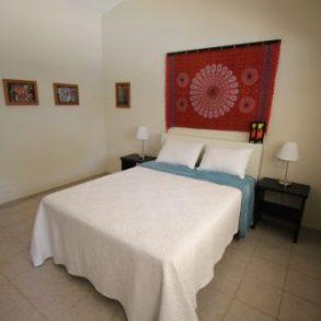 Stadthotel mit 8 Suiten, Restaurant und Pool zu verkaufen