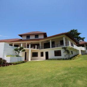 Luxus-Villa zu verkaufen in einer exklusiven Wohngegend