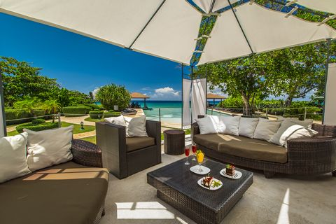 oceanfront homes for sale 12