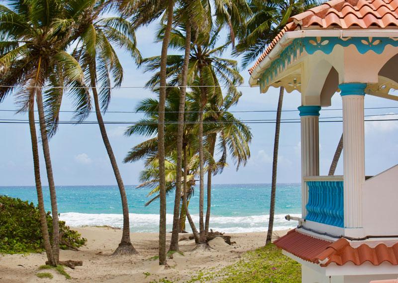 Geräumiges Anwesen mit Meerblick, nur wenige Schritte vom Strand entfernt