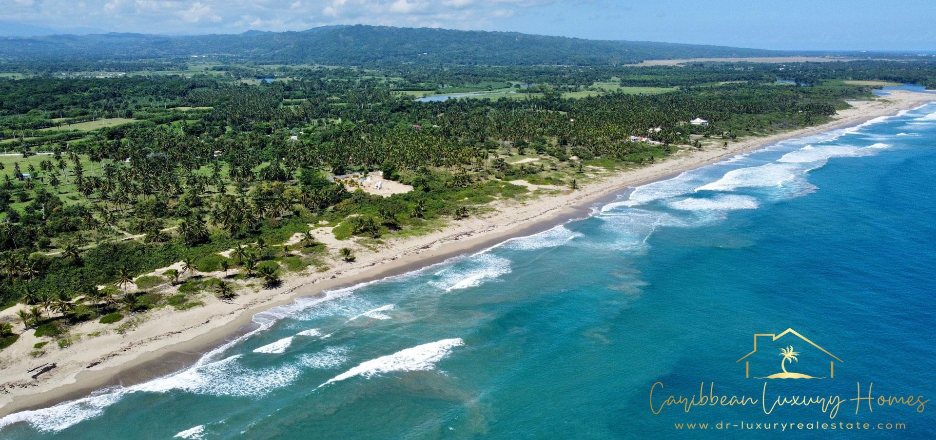 Einzigartiges Strand Grundstück mit 54,700 m2